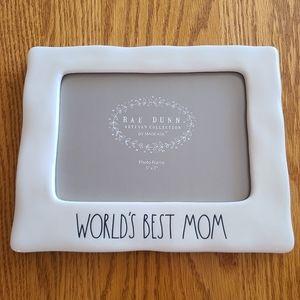 """📸 NWOT‼️ Rae Dunn """"World's Best Mom"""" 5x7 Frame"""